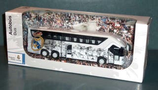 AUTOBÚS REAL MADRID - Producto Oficial