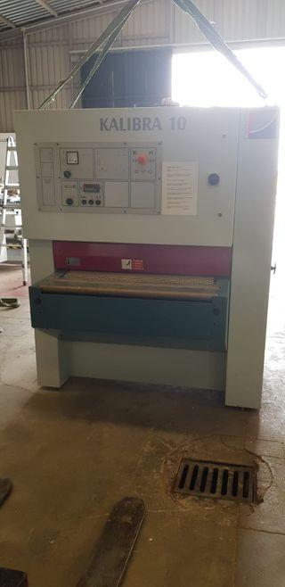 maquinaria carpinteria calibradora