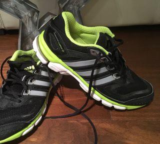 13bcf20944b1e Zapatillas Adidas running de segunda mano. Zapatillas Adidas Running