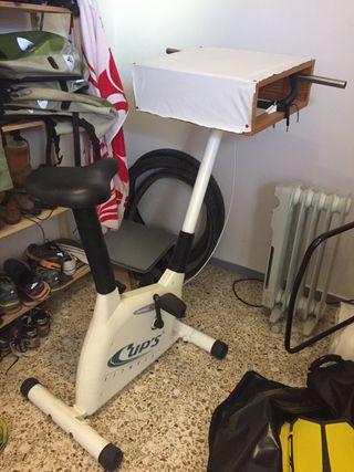 Bicicleta fija de apartamento