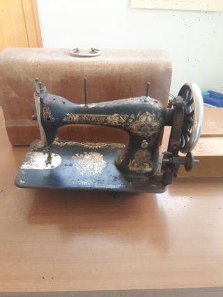 maquina de coser naumann
