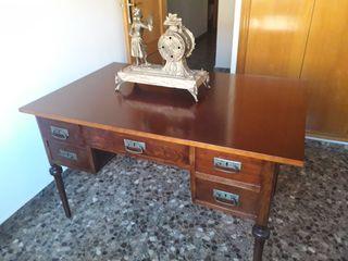 mesa escritorio antiguo