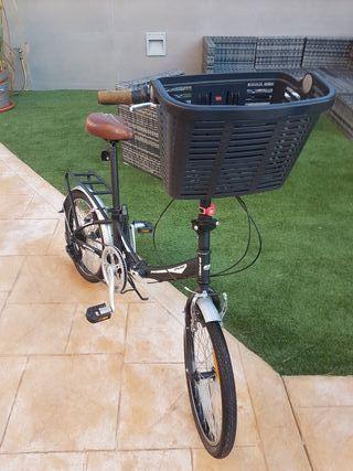 bicicleta plegable en perfecto estado.