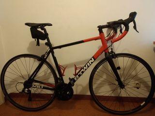 Bicicleta de carretera Btwin Triban 520 de segunda mano por 300 € en