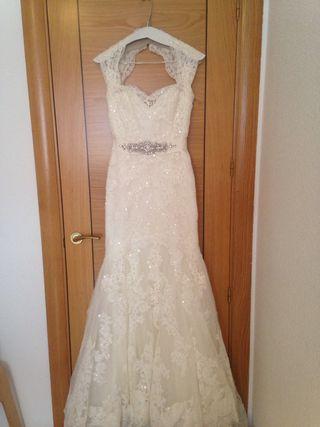 9b3342019 ... con pedreria de segunda mano en Madrid. Vestido novia precioso de  pronovias