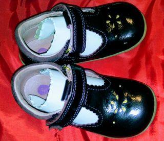 Zapatos vestir bebe niña nuevos 22