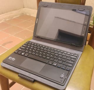 Samsung galaxy tab A6 + Funda y teclado bluetooth
