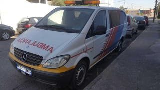 Mercedes Vito 111 CDI AMBULANCIA