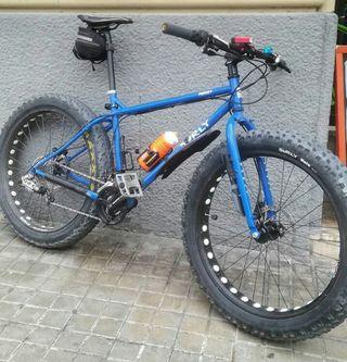 bicicleta fatbike surly pugsley