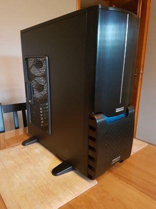 Caja Torre PC Gigabyte Aurora 3D Aluminio