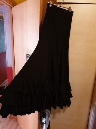 53950e6149 Falda negra niña de segunda mano en Barcelona en WALLAPOP