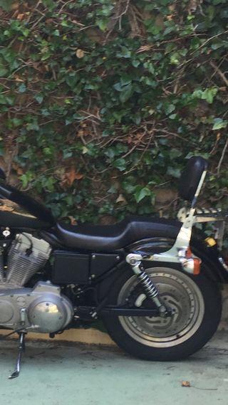 Asiento doble Harley Davidson 883 custom año 2000