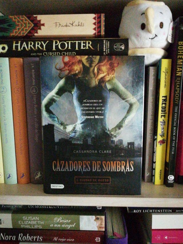 Cazadores de sombras 1, 2 y 3 - Cassandra Clare