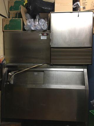 Dos productoras de hielo y regalo cajón (silo)