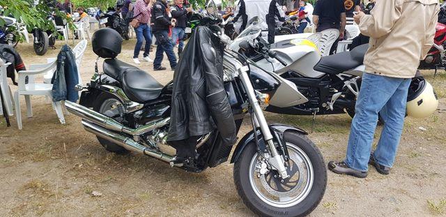 Suzuki intruder m800