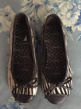 Zapatos niña. Talla 33. A estrenar