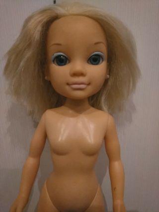 muñeca Nancy