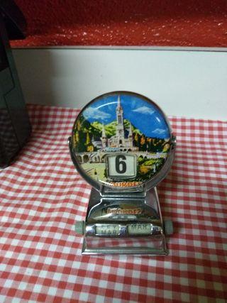 antiguo calendario de Lourdes