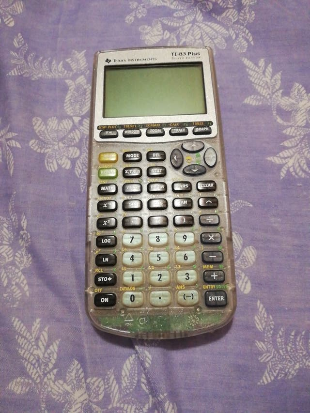 Calculadora científica TI-83 Plus