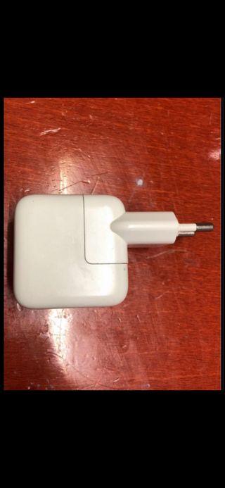 Cargador iPod / iPhone Apple