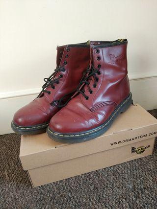 Dr Martens boots / Size 10