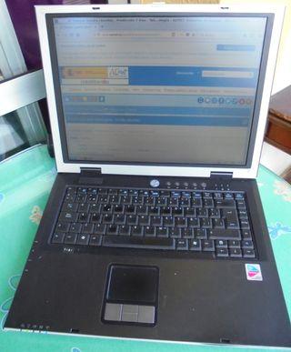 Portátil ASUS M6500N Usado funciona