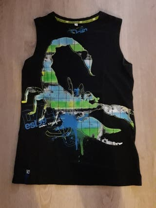 172201e3c Camisetas de tirantes niña de segunda mano en Barcelona en WALLAPOP