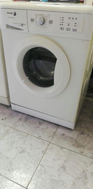 Lavadora fagor. 6kg