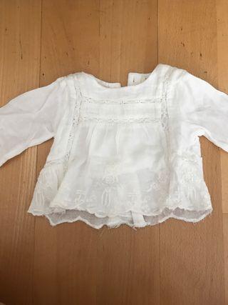 f6708af12 Blusa blanca de segunda mano en Encinar de Los Reyes en WALLAPOP
