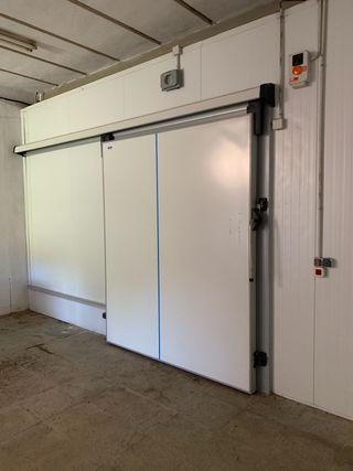 6camaras frigoríficas grandes y pequeñas