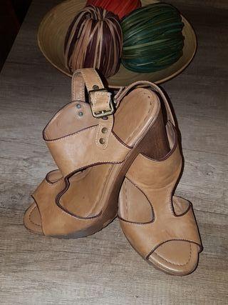 zapatos ocasion 10 euros los dos pares