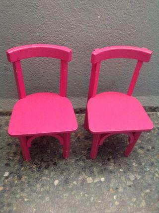 Dos sillas pequeñas niño rosa
