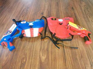 escudos con pistolas avengers