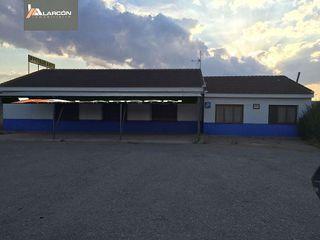Local comercial en venta en Pozohondo