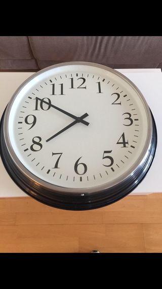 Reloj bravur ikea