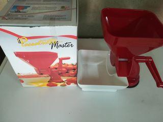 prensa o trituradora de tomate