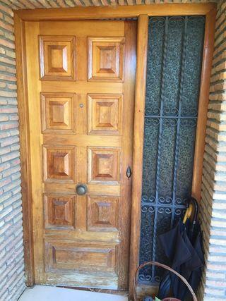 Puerta y ventanas madera