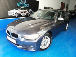 BMW 318D Touring * Navegador * Cuero