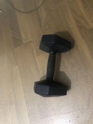 Pesa 7'5 kg