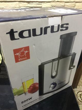 Licuadora Taurus Nueva