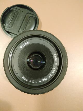 objetivo Canon 40mm f2'8 pancake