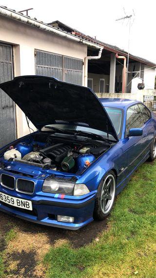 BMW e36 323i Coupe 1992