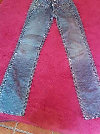 Vaqueros Mano Madrid Mujer Las Pantalones En Rozas De Segunda cRqASjL354