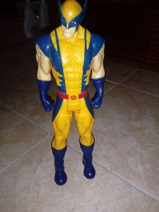 muñeco super heroes