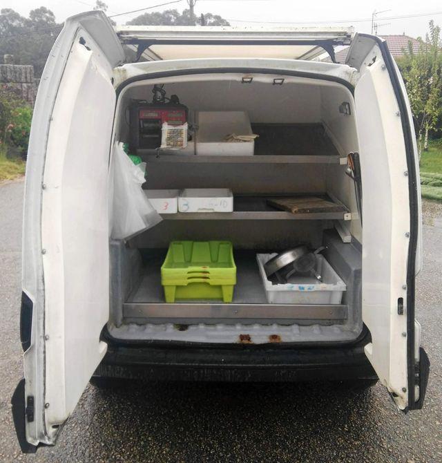 Furgoneta Nissan Kubistar Isotermo 2compartimentos