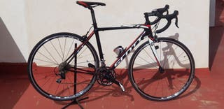 bicicleta carretera SCOTT carbono