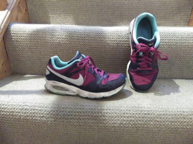 Nike shoes 5.5