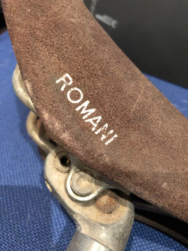 Sillín ROMANI con tija ANPI