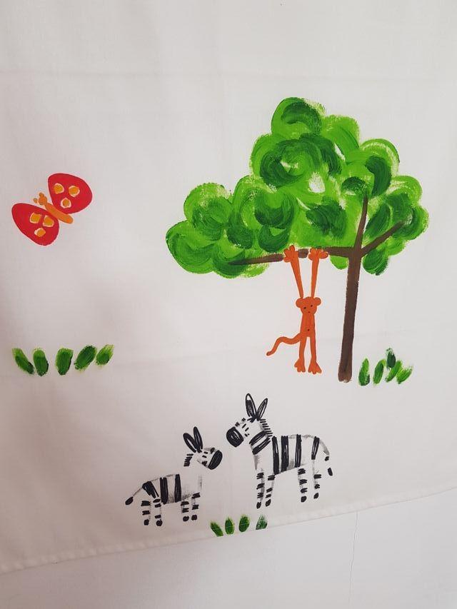 Cuadro infantil de pintura natural.