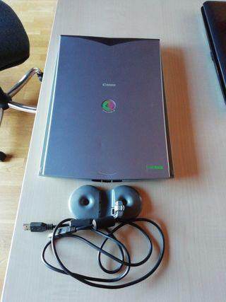 Escaner Canon CanoScan Lide 30